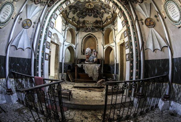 tempesta impeto e campagna - urbex marche - urbex italia - abandoned buildings - urbex italy - chiese abbandonate
