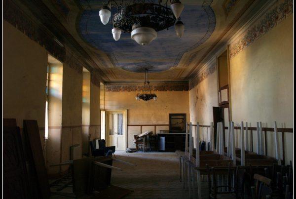vacanze a miralago - urbex italia - urbex piemonte- alberghi abbandonati