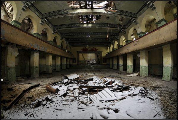 Lettere dal fronte - fabbriche e teatri abbandonati - urbex germany - urbex europe