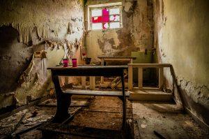 urbex italia - urbex sardegna - il silenzio militare d'ordinanza - ospedali abbandonati - edifici abbandonati