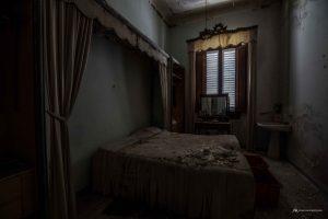 il giuramento di ippocrate - ville abbandonate - urbex marche - urbex italia - edifici abbandonati