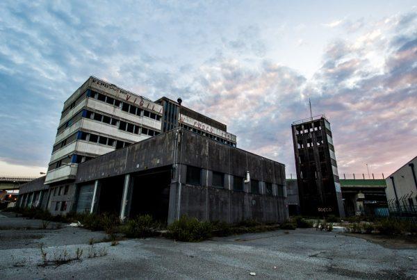 liguria urbex - non è un cinque stelle - caserme abbandonate - edifici abbandonati - urbex italia