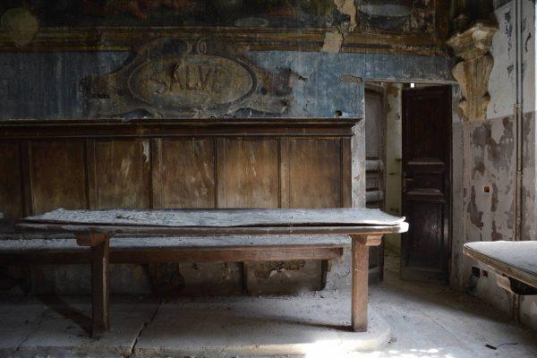 umbria-urbex-chiese-abbandonate-il-convento-in-blu-4