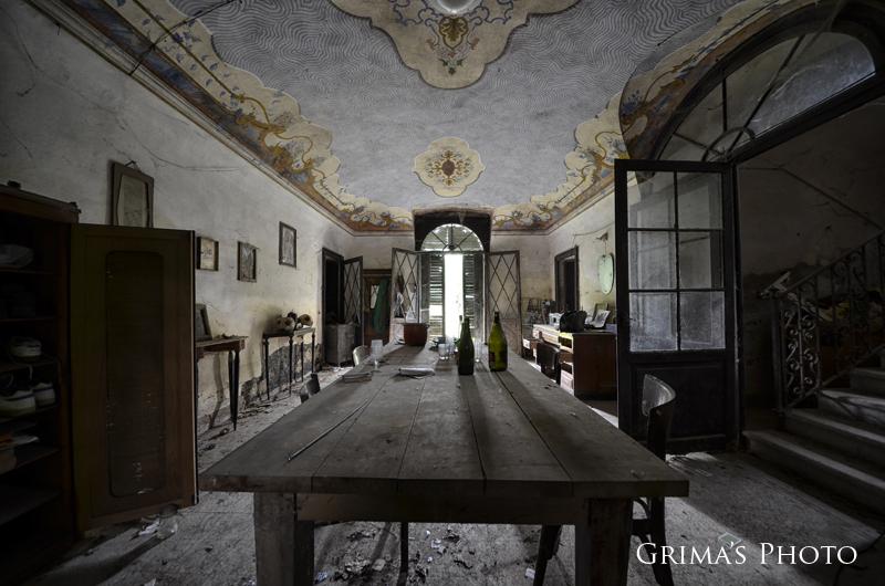 10 edifici abbandonati tra i pi belli in italia ascosi for Interni ville antiche
