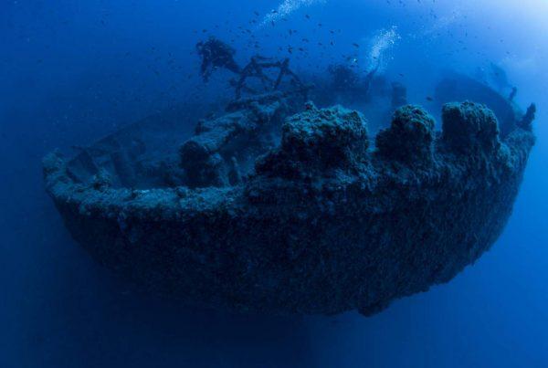 nave affondata